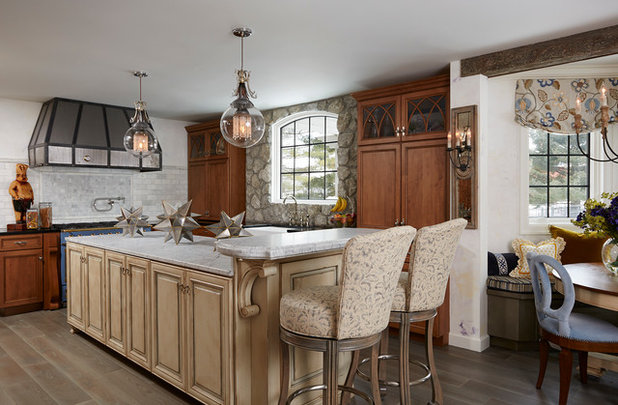 Traditional Kitchen by Julian Design