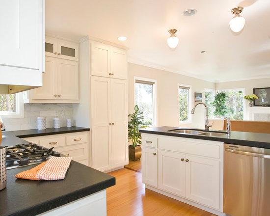 marble kitchen backsplash   houzz