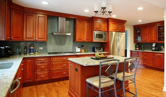 Northbrook Suburban Colonial Kitchen