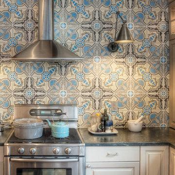 Northern Liberties, Philadelphia: Eclectic Kitchen Backsplash