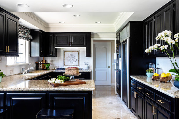 Traditional Kitchen by JLK Interiors, Design & Project Management