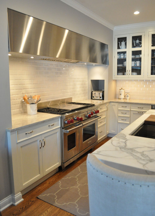 kitchen design 2 x 3  Beveled subway tile! What is the size of the tiles? 2x3 or larger?
