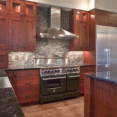 Contemporary Kitchen by Estate Homes Inc