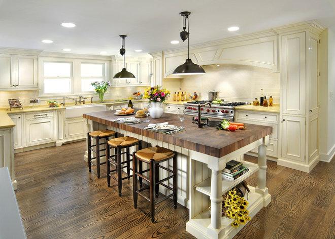 Traditional Kitchen by Insignia Kitchen and Bath Design Studio