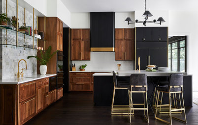 New This Week: 3 Kitchens That Stylishly Mix Dark and Light