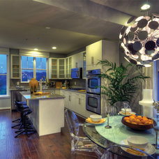 Modern Kitchen by Carlyn And Company Interiors + Design