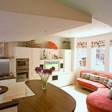 Modern Kitchen by Helene Dabrowski Interiors