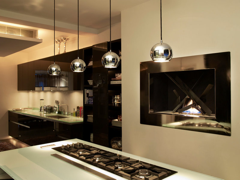 contemporary kitchen by Kelly Hoppen Interiors   A London Townhouse Seduces With Luxury 0b81ce5e0048d506 0416 w800 h600 b0 p0  contemporary kitchen