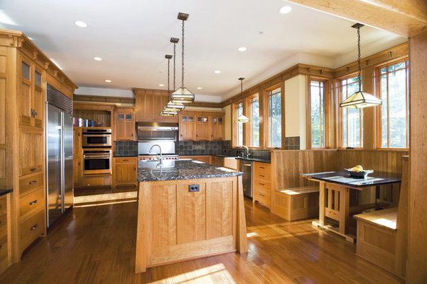 Simple Craftsman Kitchen by Christian Gladu Design