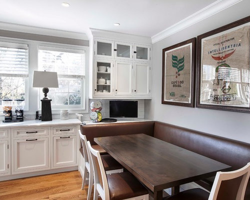 Example of a transitional eat-in kitchen design in New York with an  undermount sink