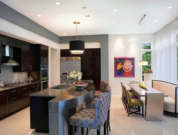 Modern Kitchen by Jorge Castillo Design Inc.