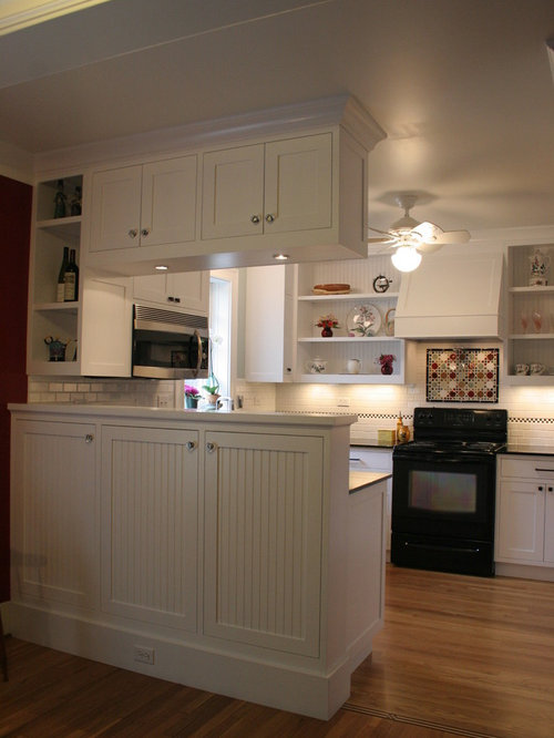 Small arts and crafts kitchen design ideas renovations - Arts and crafts kitchen design ideas ...