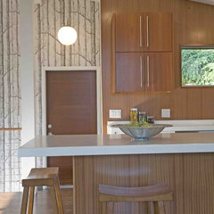 modern kitchen by Vanillawood