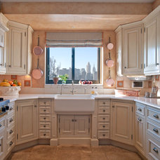 Traditional Kitchen by Sequined Asphault Studio Photography