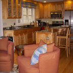 KraftMaid: Maple Cabinetry in Praline - Traditional ...