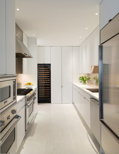 Contemporary Kitchen by Jacobsen Architecture, LLC
