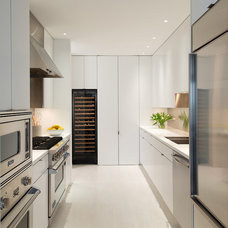 Contemporary Kitchen by Jacobsen Architecture LLC