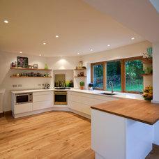 Contemporary Kitchen by Martin Blake Associates ltd