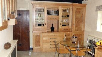 Oak Kitchen with Burr Oak Cluster door panels