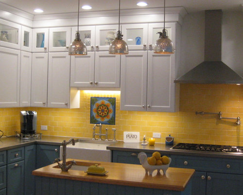 Country kitchen design ideas renovations photos with for Country kitchen splashback ideas