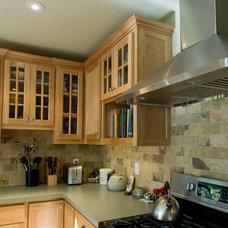 Transitional Kitchen by Daniel M Swain, Architect