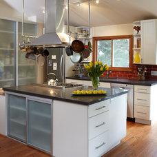 Modern Kitchen by Carolyn Rebuffel Designs