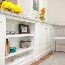 Kitchen by Oakley Home Builders
