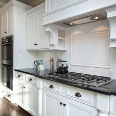 Kitchen by Oakley Home Builders