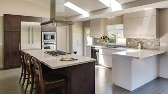 Oakmont Contemporary Kitchen