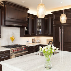 Traditional Kitchen by AVA INTERIOR DESIGN