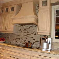 Traditional Kitchen by Roma Kitchens & Design Centre