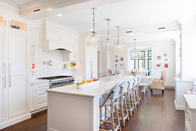 Beach Style Kitchen by Greater Dayton Building & Remodeling