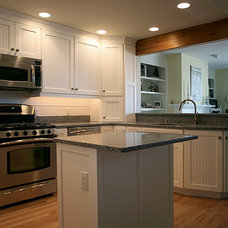 Contemporary Kitchen by Kitchen Tech