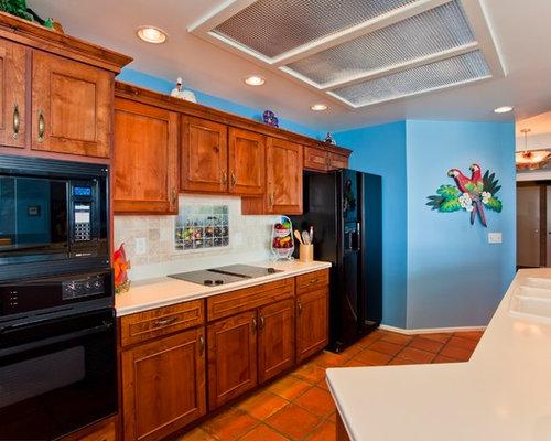 kolonialstil k chen mit triple waschtisch ideen design. Black Bedroom Furniture Sets. Home Design Ideas