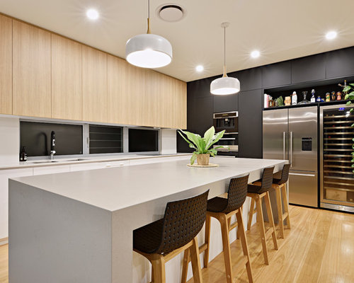 contemporary kitchen ideas. Photo Of A Contemporary L-shaped Kitchen In Sunshine Coast With Flat-panel Cabinets Ideas