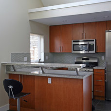 Contemporary Kitchen by Odenza Homes Ltd