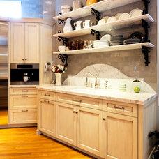 Eclectic Kitchen by Park Avenue Designs, Inc.
