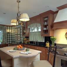 Traditional Kitchen by L.I.S. Custom Designs, Inc.