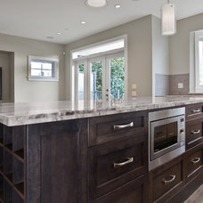 Traditional Kitchen by Odenza Homes Ltd