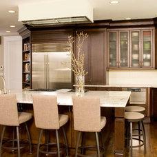 Contemporary Kitchen by Alinda Morris Interior Design LLC