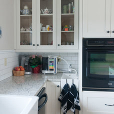 Traditional Kitchen by Stuart Wood Joinery