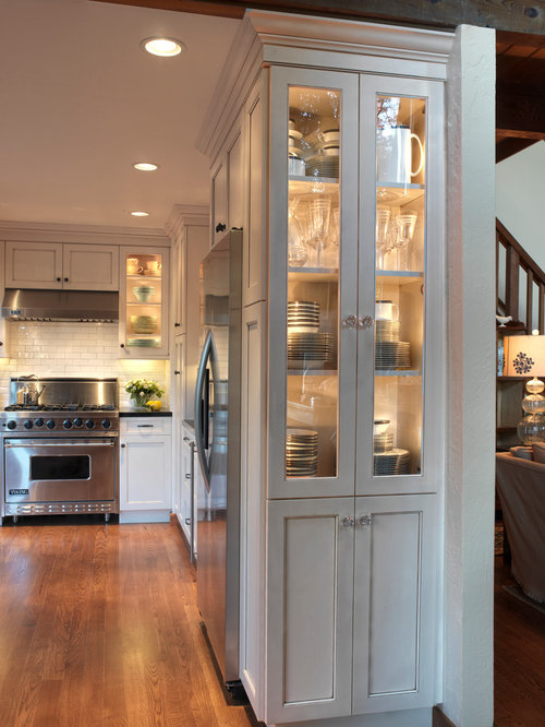 Nice Example Of A Classic Kitchen Design In San Francisco