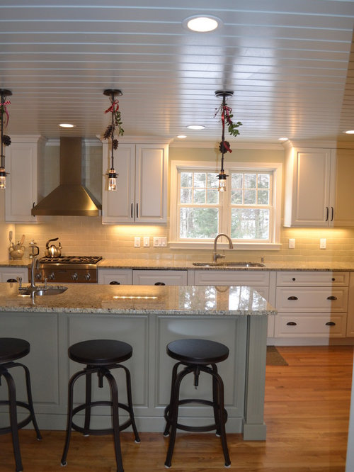 Cabico dove home design ideas renovations photos for Cabico kitchen cabinets reviews