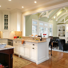 Traditional Kitchen by Ribbon & Reed Cabinetry