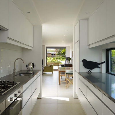 Contemporary Kitchen by Stephen Turvil Architects