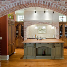 Mediterranean Kitchen by Kitchen Design Center