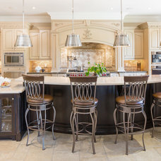Traditional Kitchen by David Small Designs
