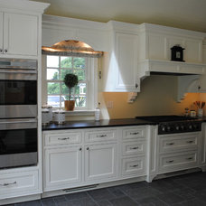 Traditional Kitchen by Greenleaf Construction