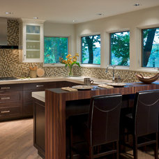 Contemporary Kitchen by Past Basket Design