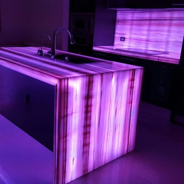 Onyx Backlit Projects